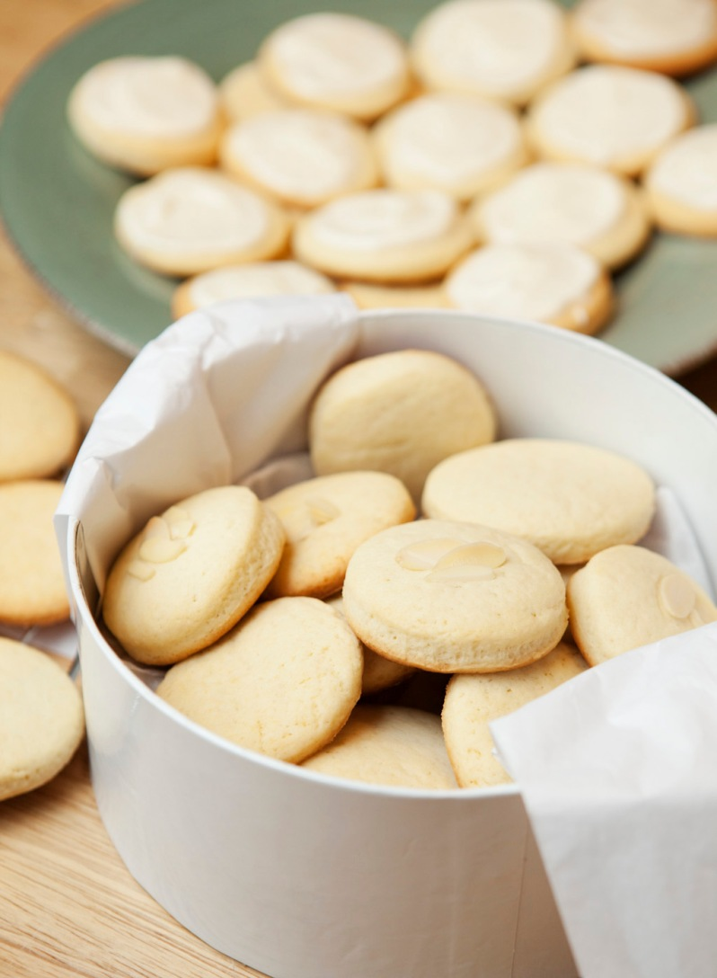 Almond cookies3