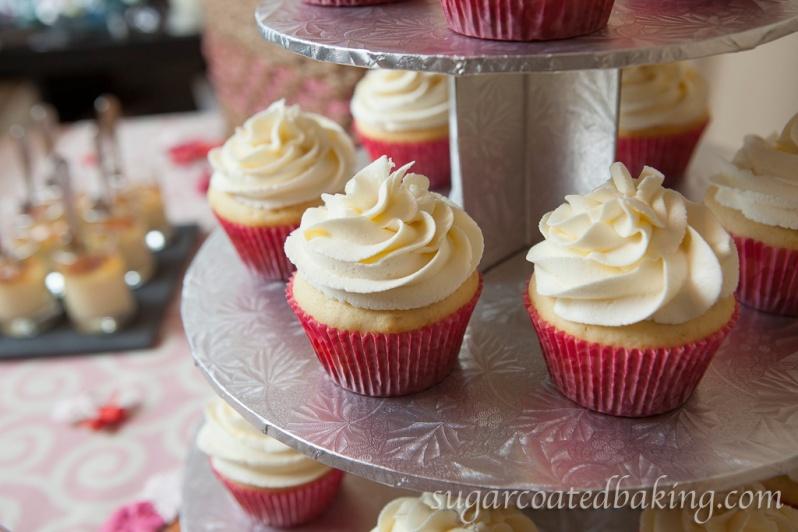 Vanilla Swirl Cupcakes